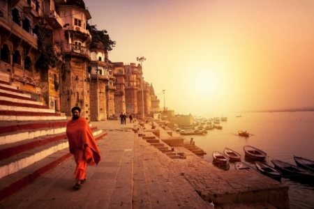 Your Ultimate Travel Guide to Varanasi
